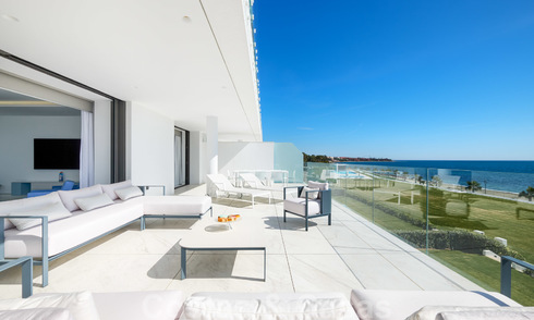 Private resale! Brand new on the market. Ultra deluxe avant garde beach front apartment for sale in an exclusive complex on the New Golden Mile, Marbella - Estepona 28712