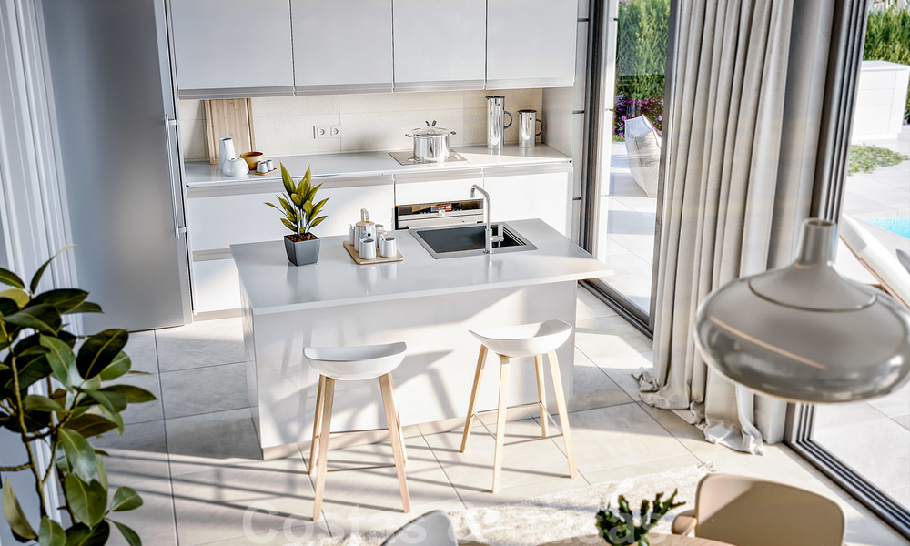 Elegant, new modern villas for sale in Manilva, Costa del Sol. Walking distance to the beach, golf club, amenities, restaurants and marina. Pre-launch price. 28633