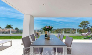 Spacious modern 3-bedroom luxury flat for sale with sea views and ready to move in, Nueva Andalucia, Marbella 28910