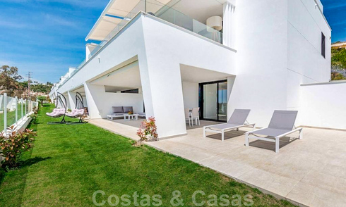 Spacious modern 3-bedroom luxury flat for sale with sea views and ready to move in, Nueva Andalucia, Marbella 28916