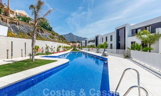 Spacious modern 3-bedroom luxury flat for sale with sea views and ready to move in, Nueva Andalucia, Marbella 28917