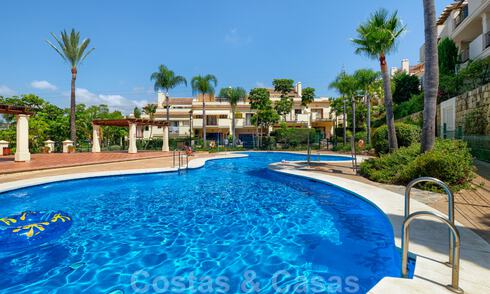 Beautiful townhouse for sale with 3 bedrooms within walking distance of amenities and Puerto Banus in Nueva Andalucia, Marbella 29301