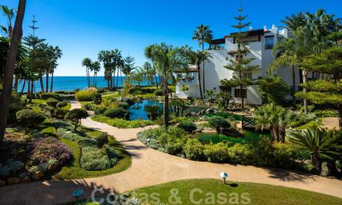 Luxurious fully renovated apartment with stunning sea views for sale in Puente Romano - Golden Mile, Marbella 29900