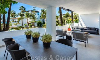 Luxurious fully renovated apartment with stunning sea views for sale in Puente Romano - Golden Mile, Marbella 29902