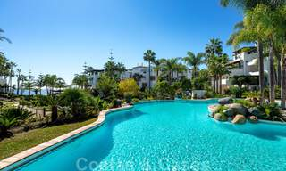 Luxurious fully renovated apartment with stunning sea views for sale in Puente Romano - Golden Mile, Marbella 29908