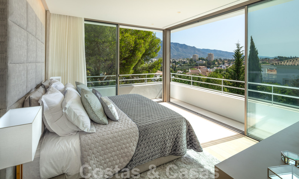 Elegant new built villa for sale with beautiful views of the La Concha mountain in Nueva Andalucia - Marbella 30063