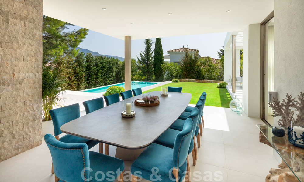 Elegant new built villa for sale with beautiful views of the La Concha mountain in Nueva Andalucia - Marbella 30067