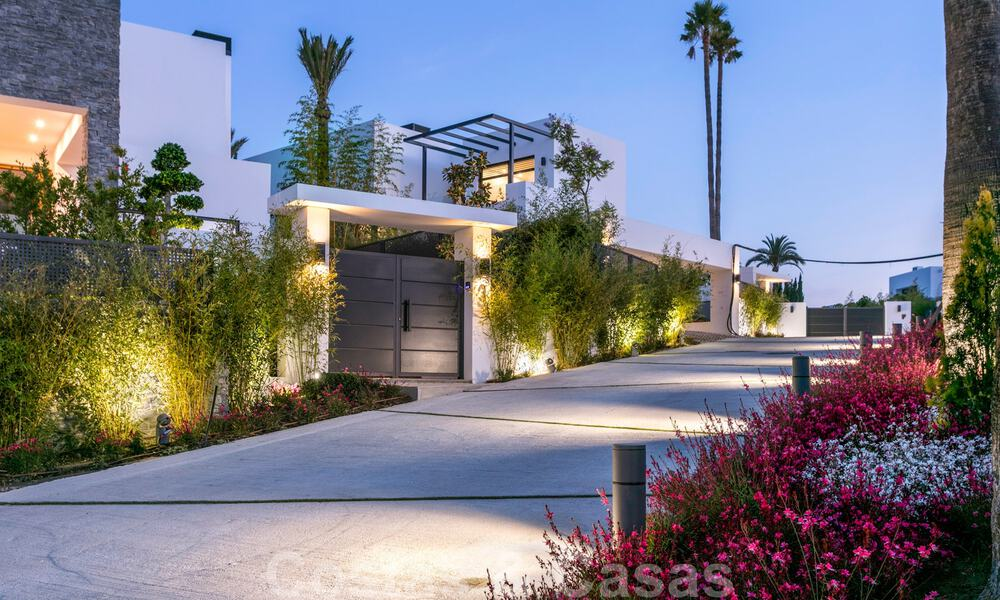 Brand New modern Villa for sale on the Golden Mile, Marbella. Special discount until 31/12! 30233