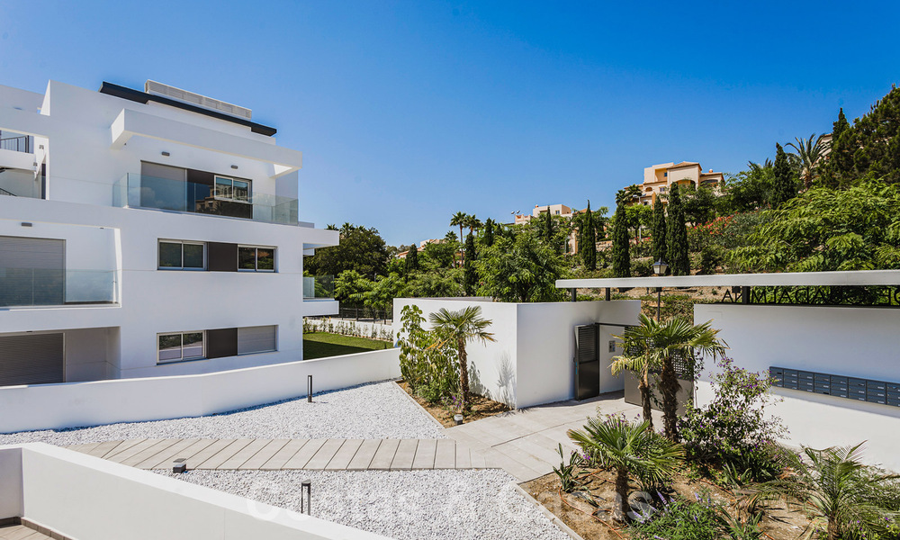 Ready to move in new modern penthouse corner flat for sale in Benahavis - Marbella 30257