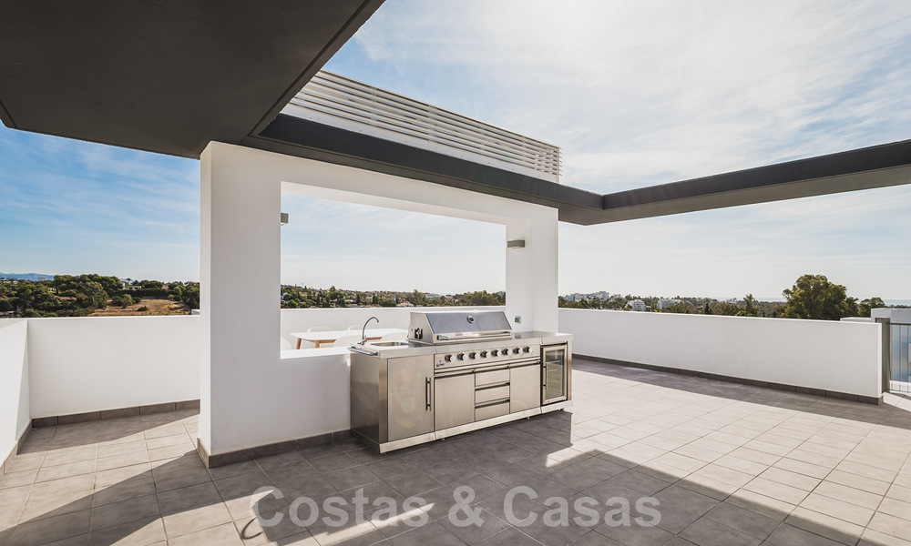 Ready to move in new modern penthouse corner flat for sale in Benahavis - Marbella 30280