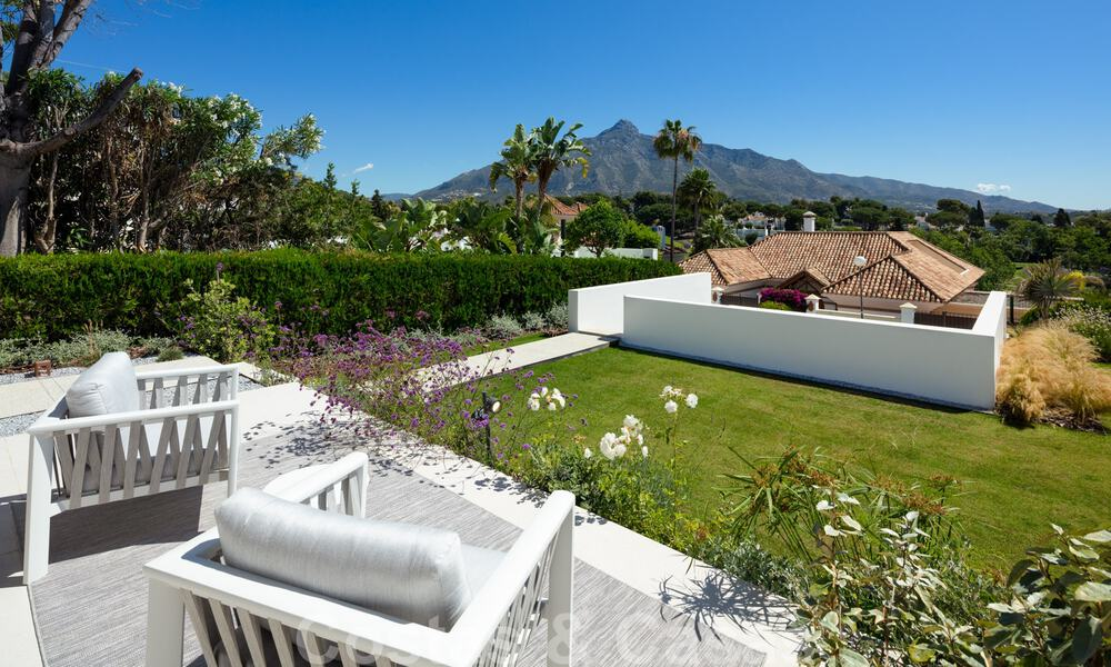 Stylish renovated villa for sale with beautiful views of the mountain range in Nueva Andalucia - Marbella, walking distance to amenities 30292