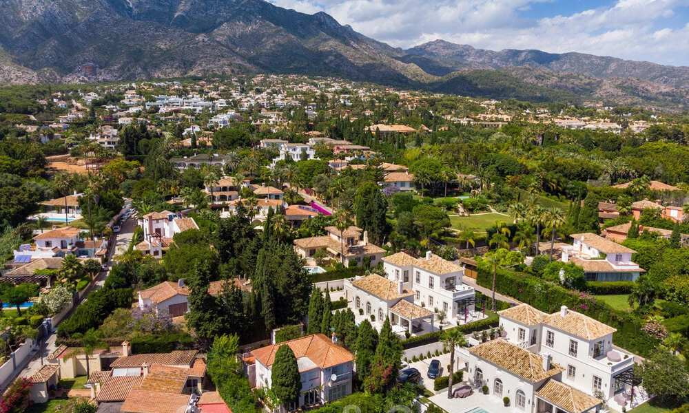 2 Elegant top quality new luxury villas for sale in a classic and Provencal style above the Golden Mile in Marbella 30481