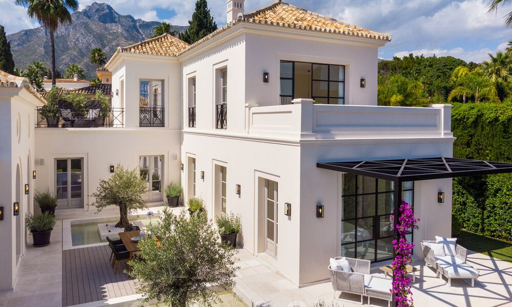 2 Elegant top quality new luxury villas for sale in a classic and Provencal style above the Golden Mile in Marbella 30484
