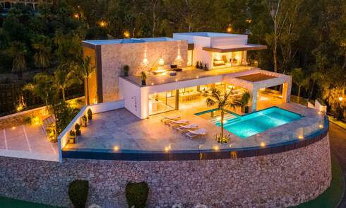 Brand new contemporary style villa in a gated community with panoramic sea views for sale in Benahavis - Marbella 30678