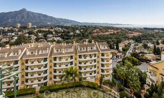 Renovated penthouse apartment for sale with sea views and within walking distance to all amenities and Puerto Banus in Nueva Andalucia, Marbella 31202