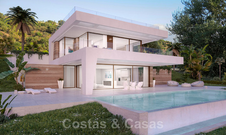 Modern new build villa for sale, directly on the golf course with panoramic golf, mountain and sea views in Estepona 30870