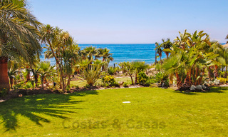 Exclusive apartment for sale with sea views in a frontline beach complex on the New Golden Mile, Marbella - Estepona 30938