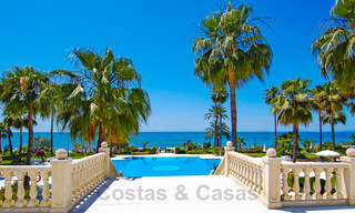 Exclusive apartment for sale with sea views in a frontline beach complex on the New Golden Mile, Marbella - Estepona 30952