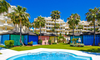 Exclusive apartment for sale with sea views in a frontline beach complex on the New Golden Mile, Marbella - Estepona 30956