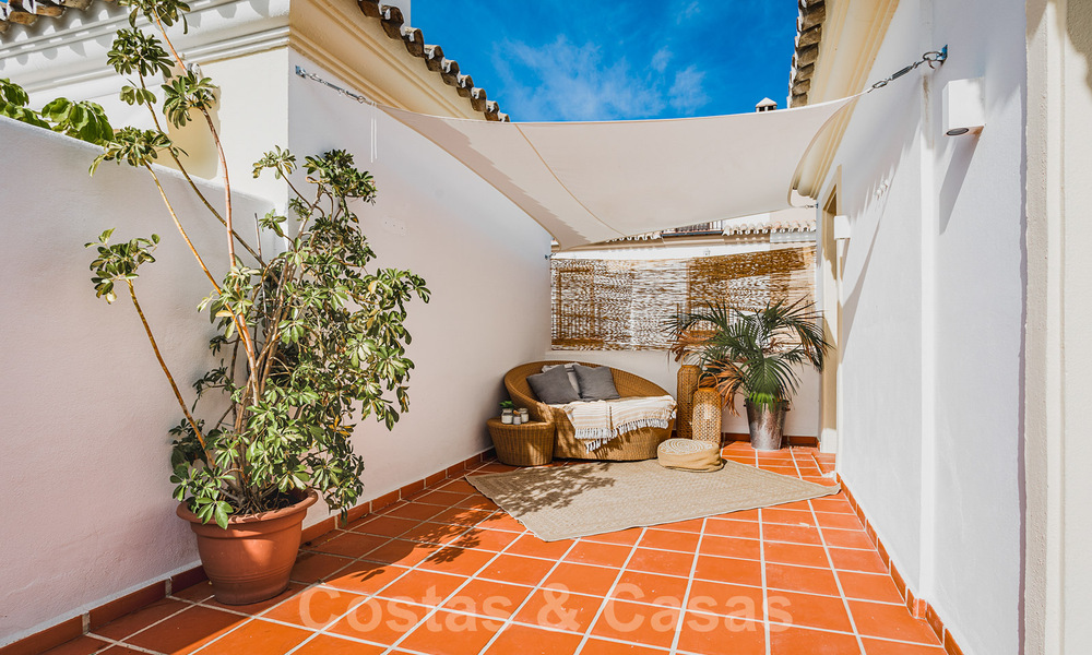 Renovated family home for sale in gated complex close to Puente Romano on the Golden Mile in Marbella 31282