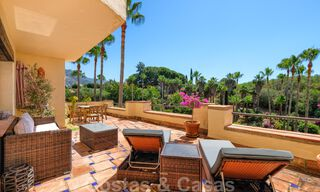 Spacious apartment with a large terrace for sale in a complex on the Golden Mile in Marbella 31360