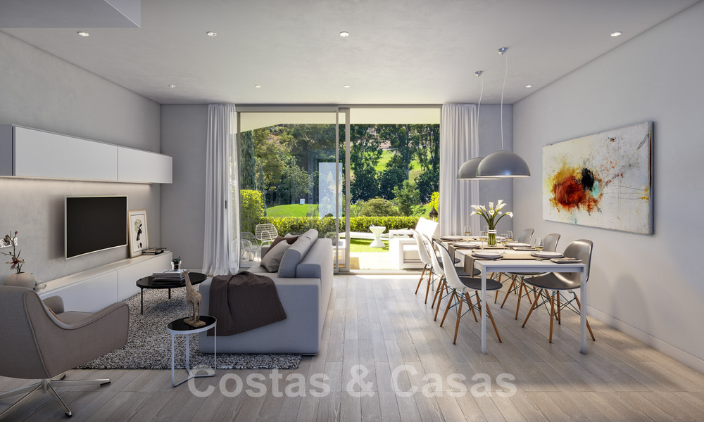 New, modern townhouses for sale, some with golf- and sea views, frontline golf in Estepona 31534