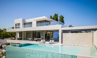 Modern new villas with sea views for sale, located in a gated and secure community in Benahavis - Marbella 31571