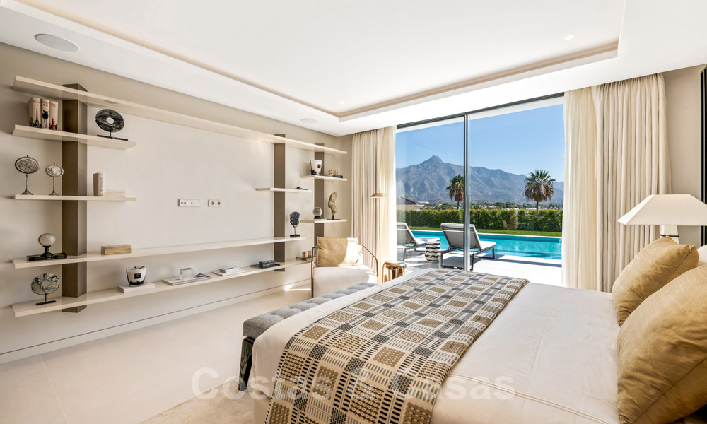 Refurbished luxury villa in contemporary style for sale, close to amenities in the golf valley of Nueva Andalucia, Marbella 31728