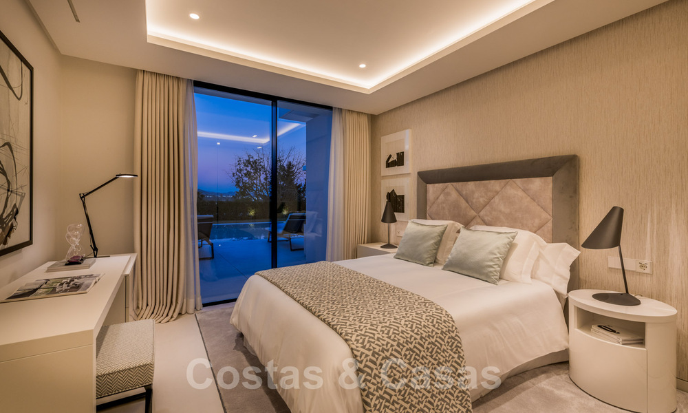 Refurbished luxury villa in contemporary style for sale, close to amenities in the golf valley of Nueva Andalucia, Marbella 31771
