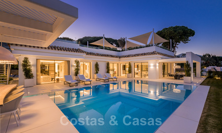 Refurbished luxury villa in contemporary style for sale, close to amenities in the golf valley of Nueva Andalucia, Marbella 31777