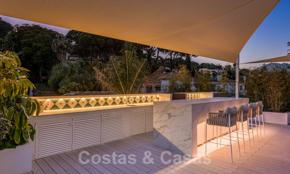 Refurbished luxury villa in contemporary style for sale, close to amenities in the golf valley of Nueva Andalucia, Marbella 31787