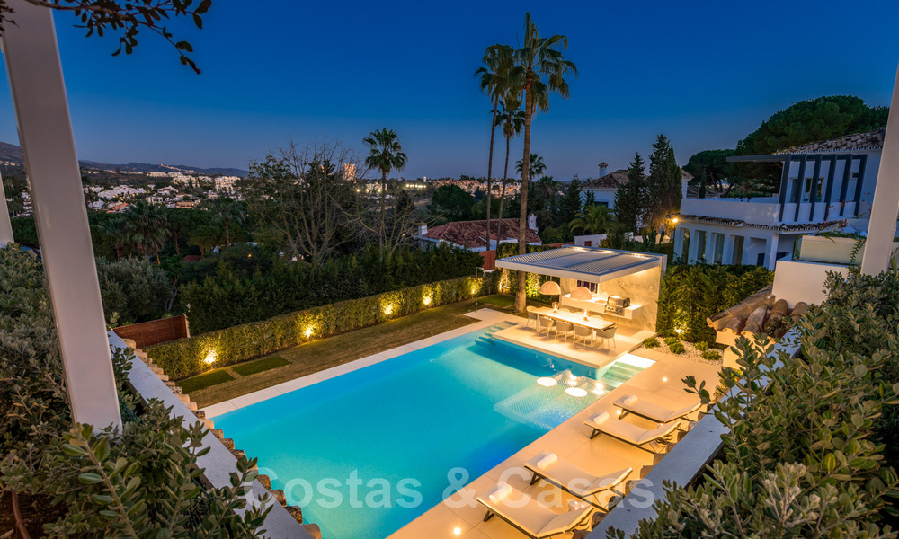 Refurbished luxury villa in contemporary style for sale, close to amenities in the golf valley of Nueva Andalucia, Marbella 31793
