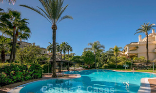 Spacious luxury penthouse with panoramic views for sale on a golf course in Nueva Andalucia, Marbella 32083