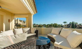 Spacious luxury penthouse with panoramic views for sale on a golf course in Nueva Andalucia, Marbella 32084