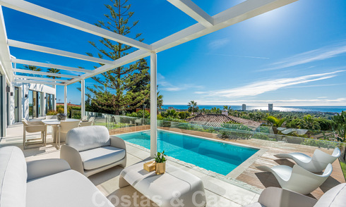 Elegant and spacious modern new villa for sale with stunning panoramic sea views in Elviria, Marbella 32318