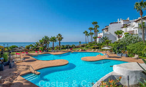 4-bedroom luxury flat in a frontline beach complex at walking distance to Puerto Banus in Marbella 32821