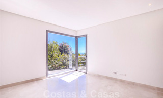 Ready to move in, new modern luxury villa for sale with sea views in Marbella - Benahavis in gated community 33570