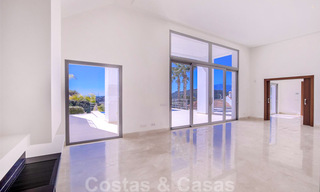 Ready to move in, new modern luxury villa for sale with sea views in Marbella - Benahavis in gated community 33575