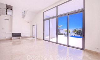 Ready to move in, new modern luxury villa for sale with sea views in Marbella - Benahavis in gated community 33588