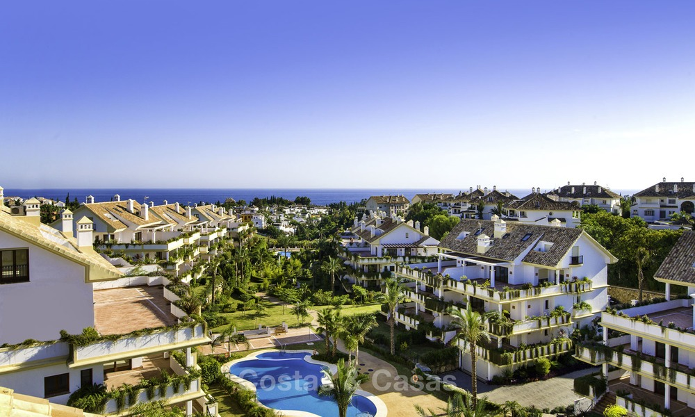 Luxury apartment for sale on the Golden Mile between central Marbella and Puerto Banus 13600