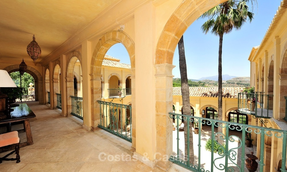 Villa - country estate for sale, Marbella - Estepona 873