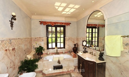 Villa - country estate for sale, Marbella - Estepona 874