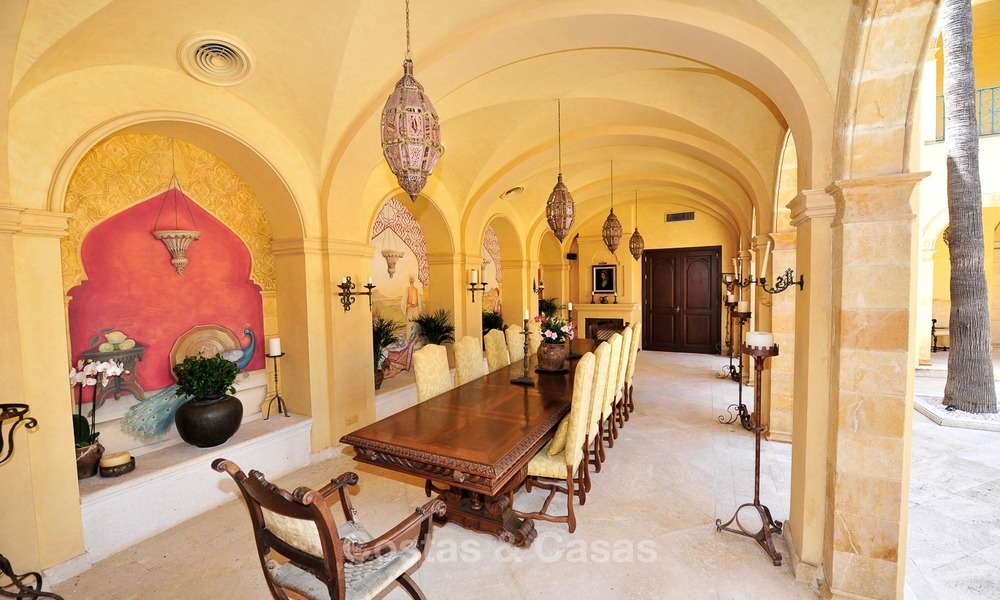 Villa - country estate for sale, Marbella - Estepona 880