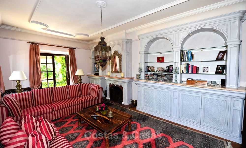 Villa - country estate for sale, Marbella - Estepona 885