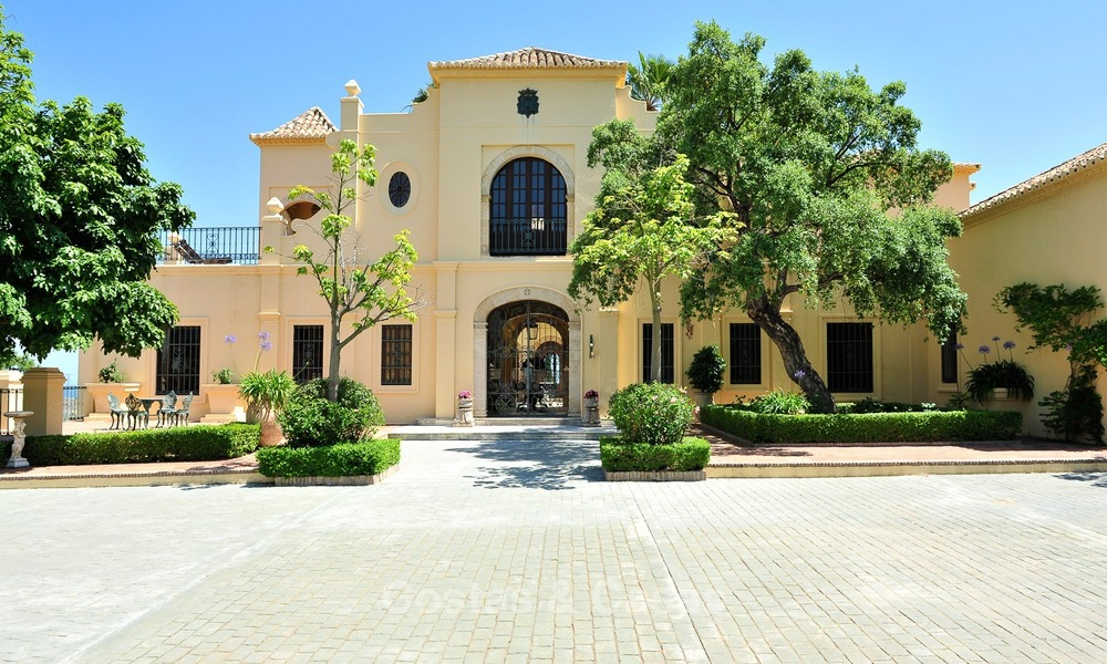 Villa - country estate for sale, Marbella - Estepona 890