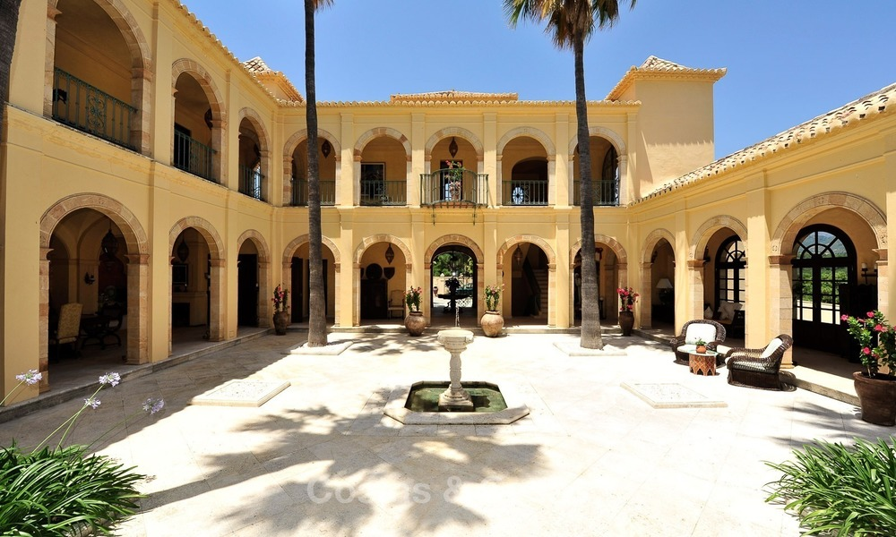 Villa - country estate for sale, Marbella - Estepona 898