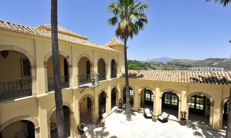 Villa - country estate for sale, Marbella - Estepona 908