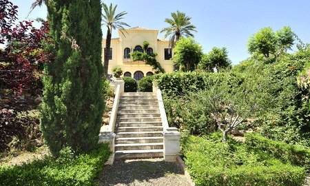 Villa - country estate for sale, Marbella - Estepona 910