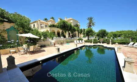 Villa - country estate for sale, Marbella - Estepona 913