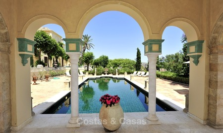 Villa - country estate for sale, Marbella - Estepona 916